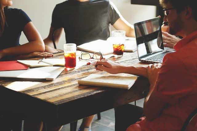 Jak se v podnikání posunout dopředu díky základním radám